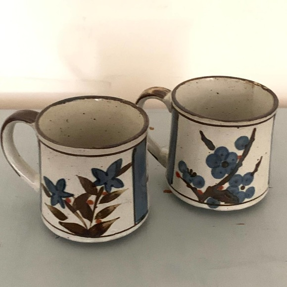 Lot of 2 Vintage Speckled Stoneware Coffee Mugs